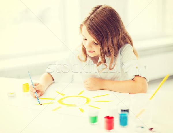 Foto d'archivio: Bambina · pittura · foto · istruzione · scuola · arte