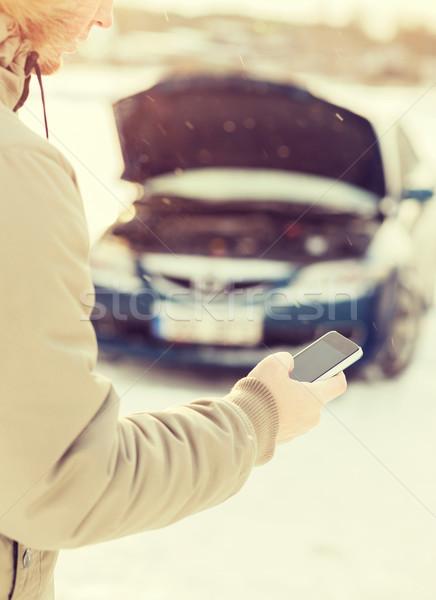 Photo stock: Homme · voiture · cassée · téléphone · portable · transport · hiver