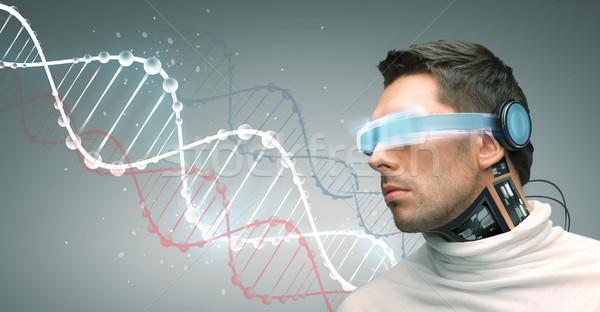 Mann futuristisch Gläser Menschen Technologie Zukunft Stock foto © dolgachov