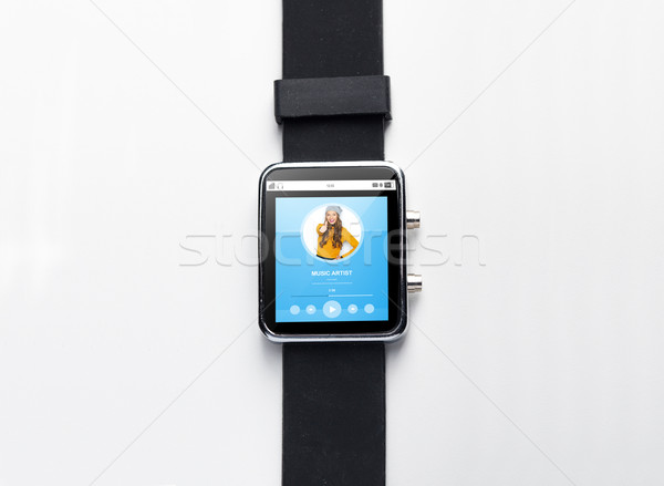 Smart horloge muziekspeler moderne technologie Stockfoto © dolgachov