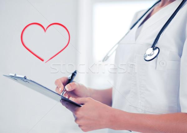 Homme médecin stéthoscope ordonnance santé médicaux Photo stock © dolgachov