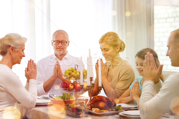 Stockfoto: Glimlachend · familie · vakantie · diner · home · vakantie