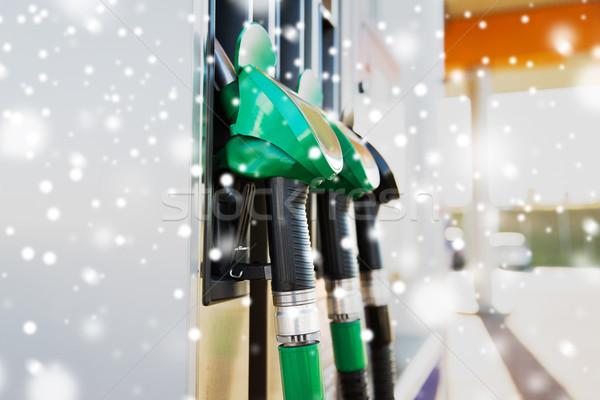 Benzyny stacji benzynowej zimą paliwa oleju Zdjęcia stock © dolgachov