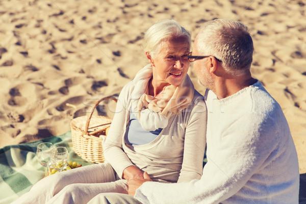 Stockfoto: Gelukkig · praten · zomer · strand · familie
