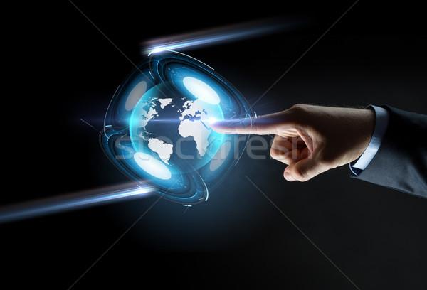 手 ポインティング 指 バーチャル 地球 投影 ストックフォト © dolgachov