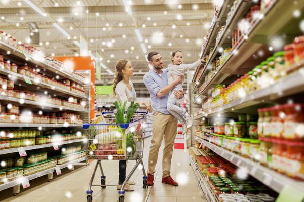 Stok fotoğraf: Aile · gıda · alışveriş · sepeti · bakkal · satış