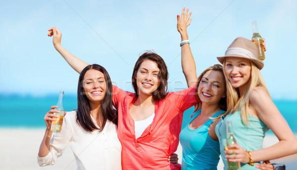 Сток-фото: девочек · напитки · пляж · лет · праздников · отпуск