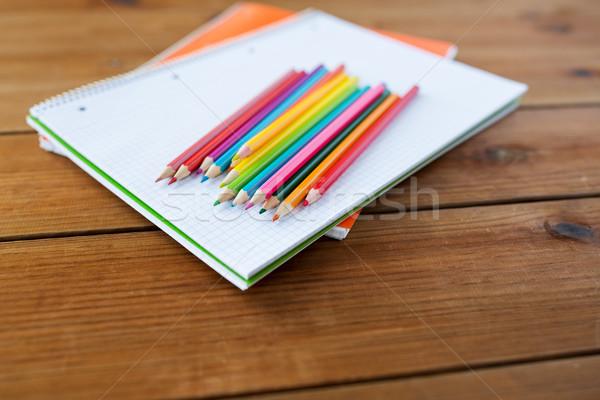 Pastelli colore matite arte scuola Foto d'archivio © dolgachov