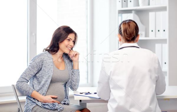 Nőgyógyász orvos terhes nő kórház terhesség nőgyógyászat Stock fotó © dolgachov