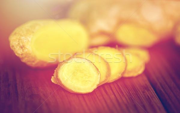 Imbir korzeń drewniany stół nauki kulinarny Zdjęcia stock © dolgachov
