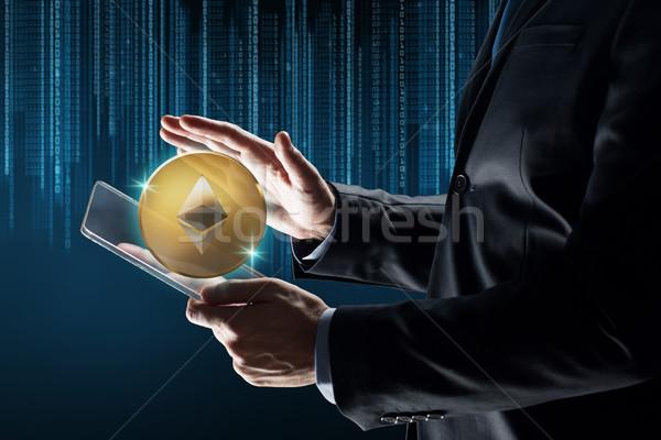 Işadamı hologram iş gelecek teknoloji Stok fotoğraf © dolgachov