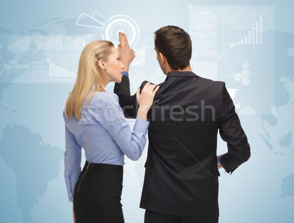 Adam kadın çalışma sanal ekran resim Stok fotoğraf © dolgachov
