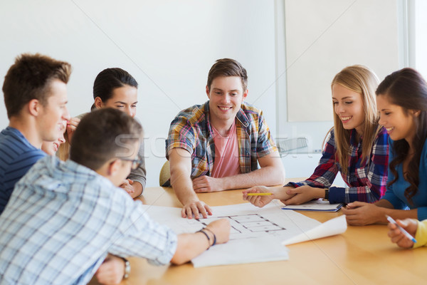 Grupo sorridente estudantes diagrama educação escolas Foto stock © dolgachov