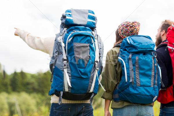 Сток-фото: группа · друзей · походов · Adventure · путешествия · туризма