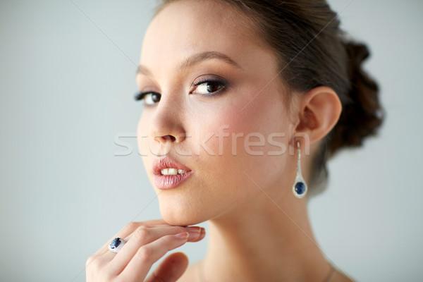 Imagine de stoc: Femeie · frumoasa · cercel · deget · inel · frumuseţe · bijuterii