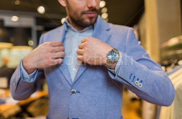Homem jaqueta roupa armazenar venda Foto stock © dolgachov