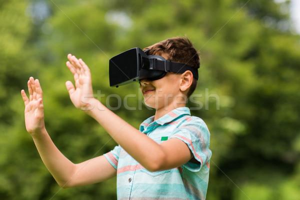 Fiú virtuális valóság headset kint gyermekkor Stock fotó © dolgachov