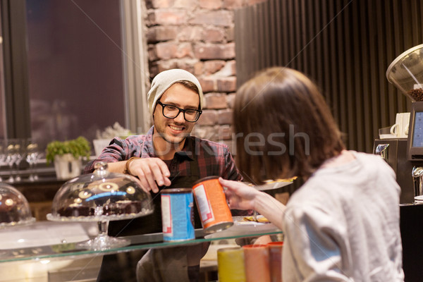 幸せ 女性 買い ドリンク 完全菜食主義者の カフェ ストックフォト © dolgachov