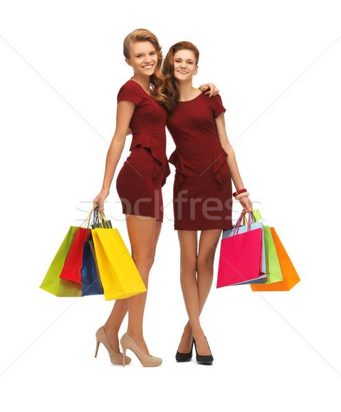 Stockfoto: Tienermeisjes · Rood · jurken · foto · twee
