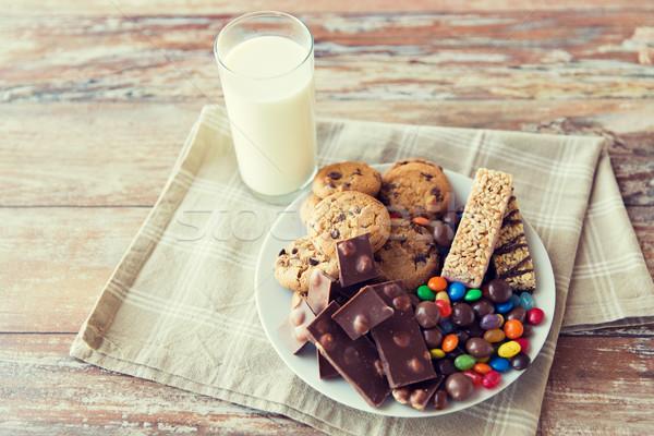сладкие блюда молоко стекла таблице Сток-фото © dolgachov