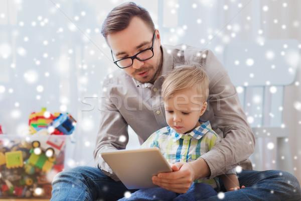 Photo stock: Père · en · fils · jouer · maison · famille · enfance