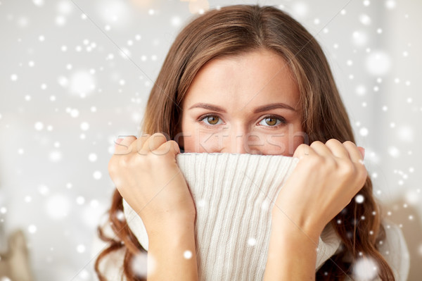 Teen girl pullover inverno Natale Foto d'archivio © dolgachov