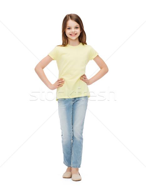 Mosolyog kislány lezser ruházat boldogság gyermekkor Stock fotó © dolgachov