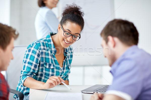 グループ 幸せ 高校 学生 ワークブック 教育 ストックフォト © dolgachov
