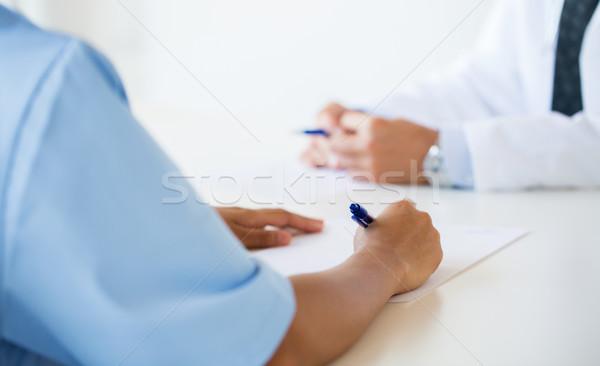ストックフォト: 医師 · メモを取る · 病院 · 教育 · 職業
