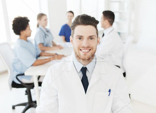 Heureux médecin groupe hôpital clinique profession Photo stock © dolgachov