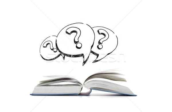 Open boek vraagtekens tekst bubbels onderwijs informatie Stockfoto © dolgachov