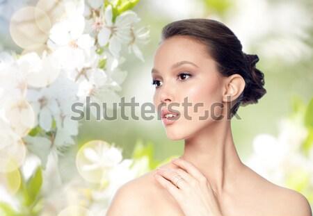 Belle asian femme boucle beauté bijoux Photo stock © dolgachov