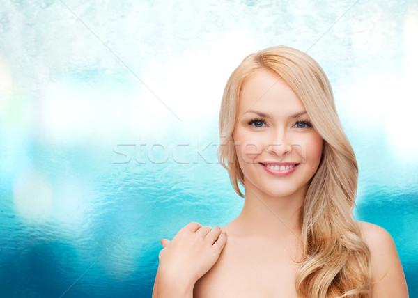 лице Плечи счастливым женщину длинные волосы здоровья Сток-фото © dolgachov