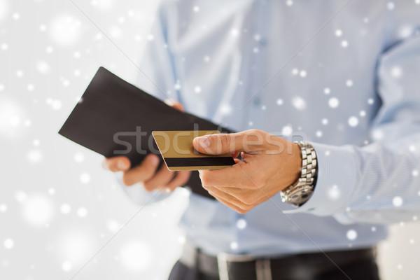 Człowiek portfela karty kredytowej ludzi Zdjęcia stock © dolgachov