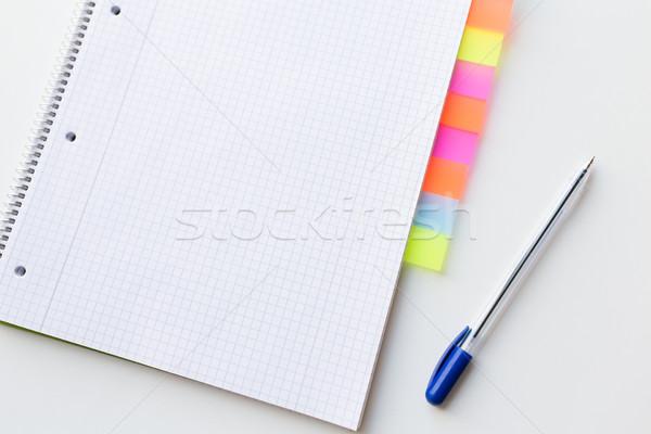 Közelkép szervező toll iroda asztal üzlet Stock fotó © dolgachov
