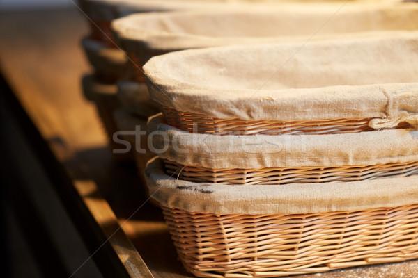 Pékség fonott fából készült konyhaasztal étel főzés Stock fotó © dolgachov