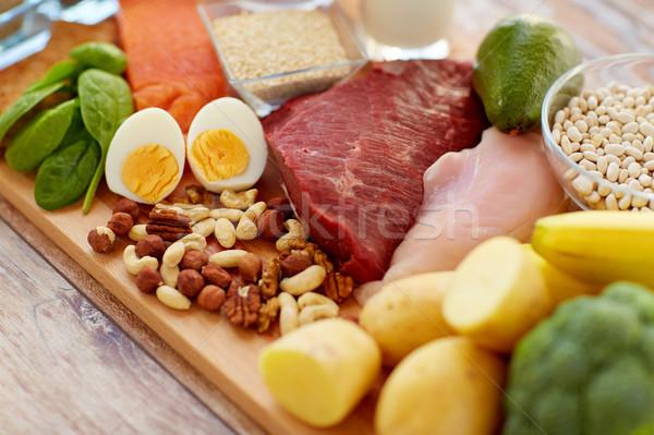 Naturales proteína alimentos mesa alimentación saludable dieta Foto stock © dolgachov