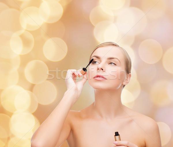 Mooie vrouw mascara cosmetica gezondheid schoonheid zwarte Stockfoto © dolgachov