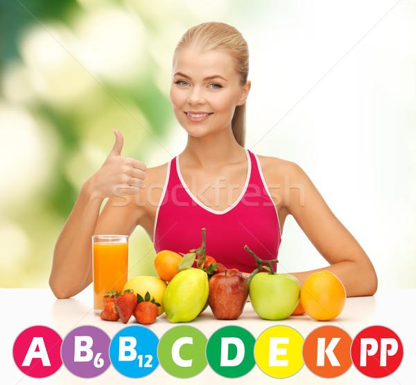 Mutlu kadın organik gıda vitaminler insanlar sağlıklı beslenme Stok fotoğraf © dolgachov