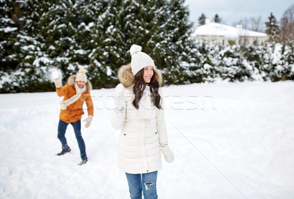 Feliz casal jogar inverno pessoas temporada Foto stock © dolgachov