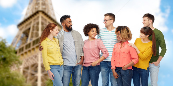 Uluslararası grup insanlar Eyfel Kulesi seyahat turizm çeşitlilik Stok fotoğraf © dolgachov