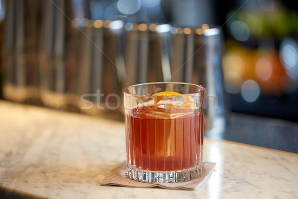 Stockfoto: Glas · cocktail · oranje · schil · bar · alcohol