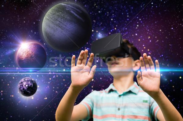 Chłopca faktyczny rzeczywistość zestawu odkryty dzieciństwo Zdjęcia stock © dolgachov