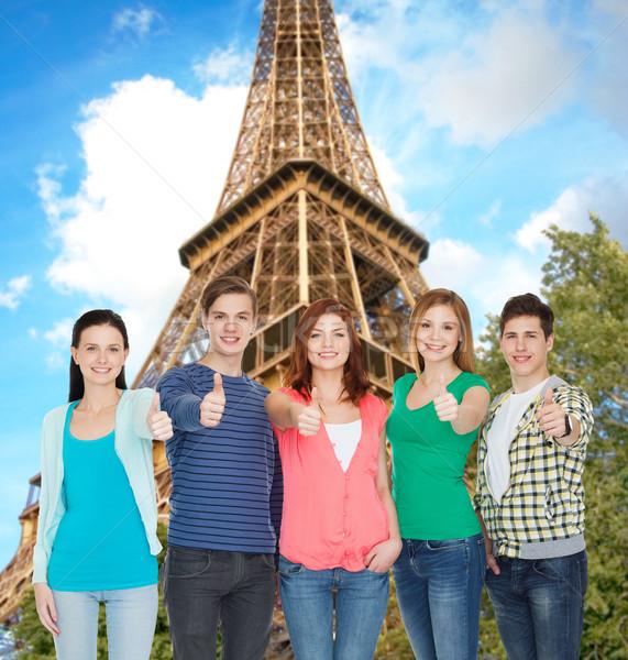 Grup gülen Öğrenciler eğitim Stok fotoğraf © dolgachov