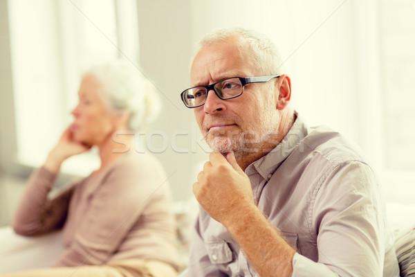 Foto stock: Casal · de · idosos · sessão · sofá · casa · família · relações