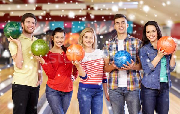 Mutlu arkadaşlar bowling kulüp kış sezonu insanlar Stok fotoğraf © dolgachov