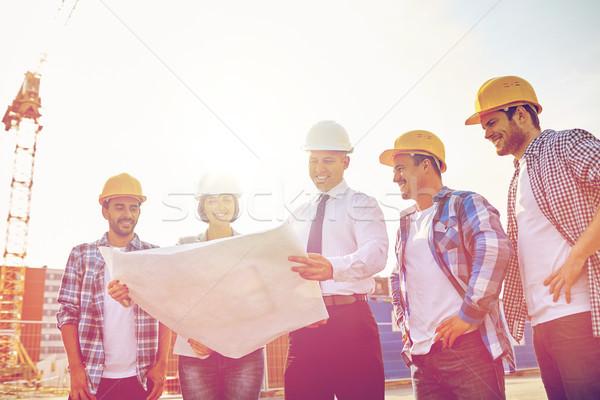 Stock fotó: Csoport · építők · terv · üzlet · épület · csapatmunka