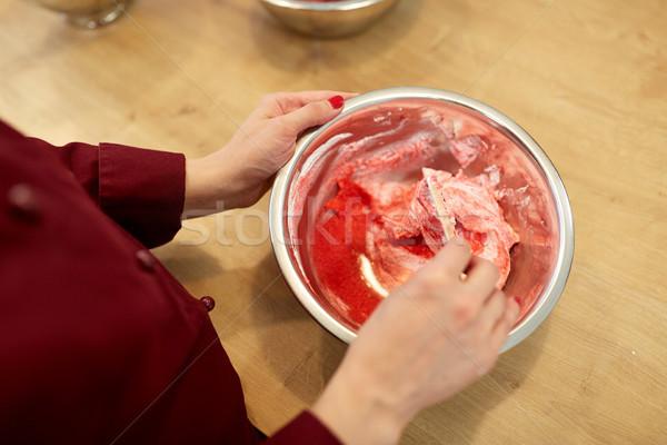 Küchenchef macaron Süßwaren Kochen Essen Stock foto © dolgachov