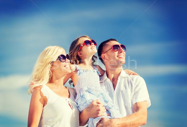Foto stock: Família · feliz · blue · sky · verão · férias · crianças · pessoas