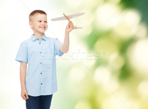 Сток-фото: улыбаясь · мало · мальчика · самолет